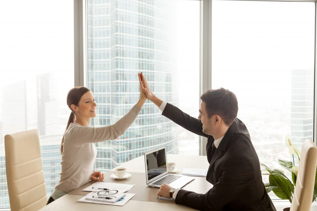 1 on 1 meeting provides managers the opportunity to build a great relationship with their direct reports