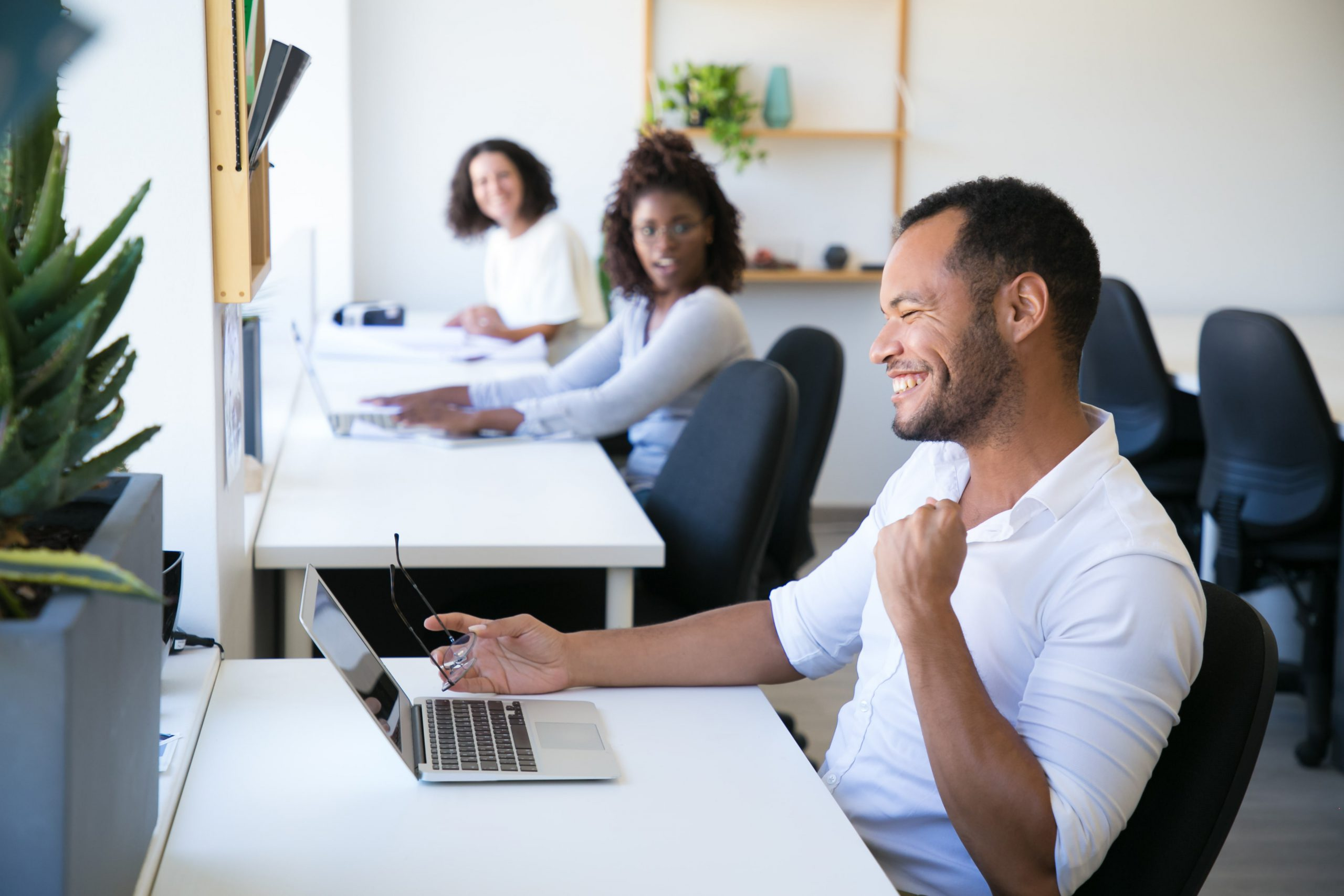 9 ways to use one on one meetings for employee development-min