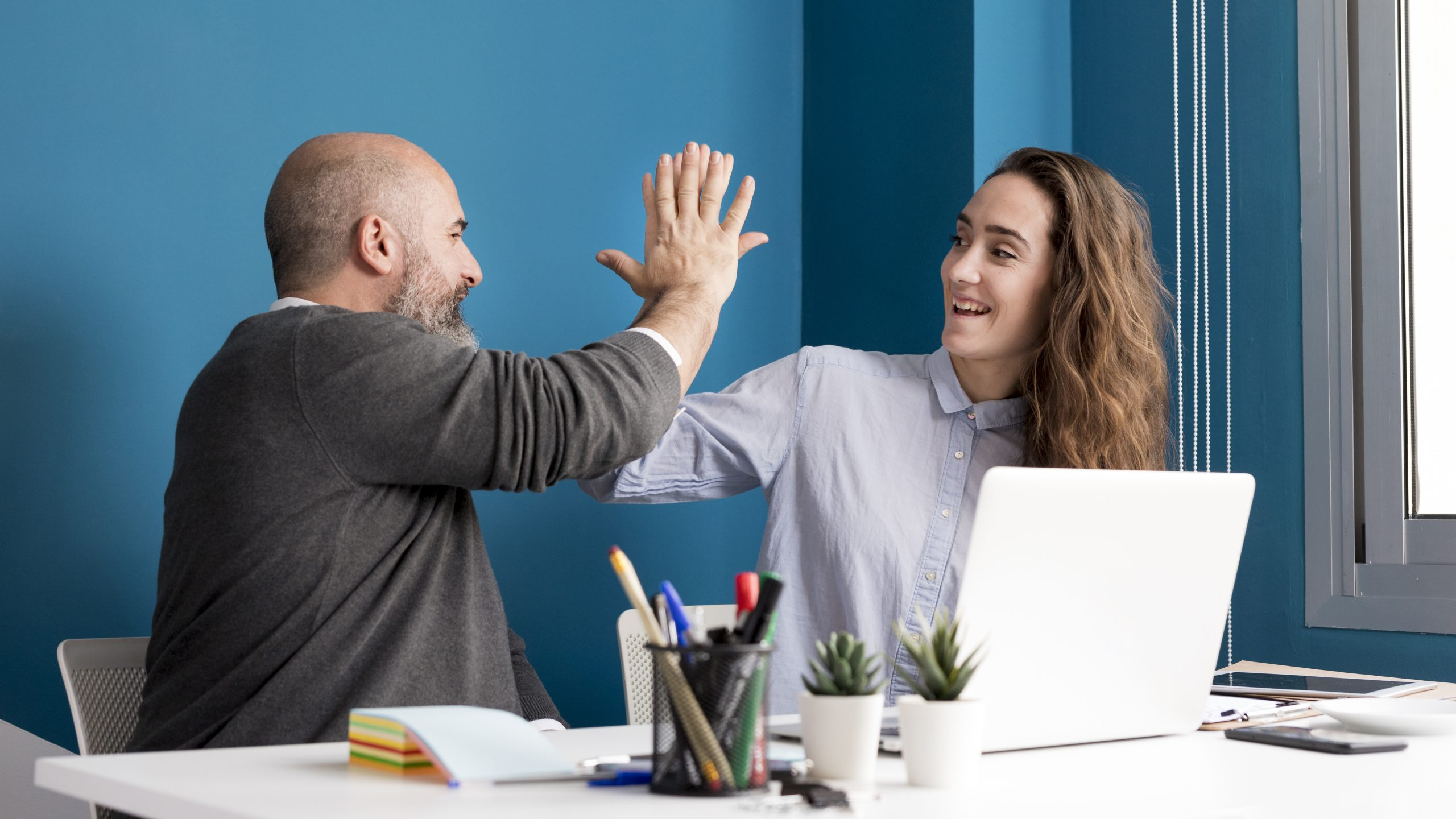 How to boost employee morale through one on one meetings