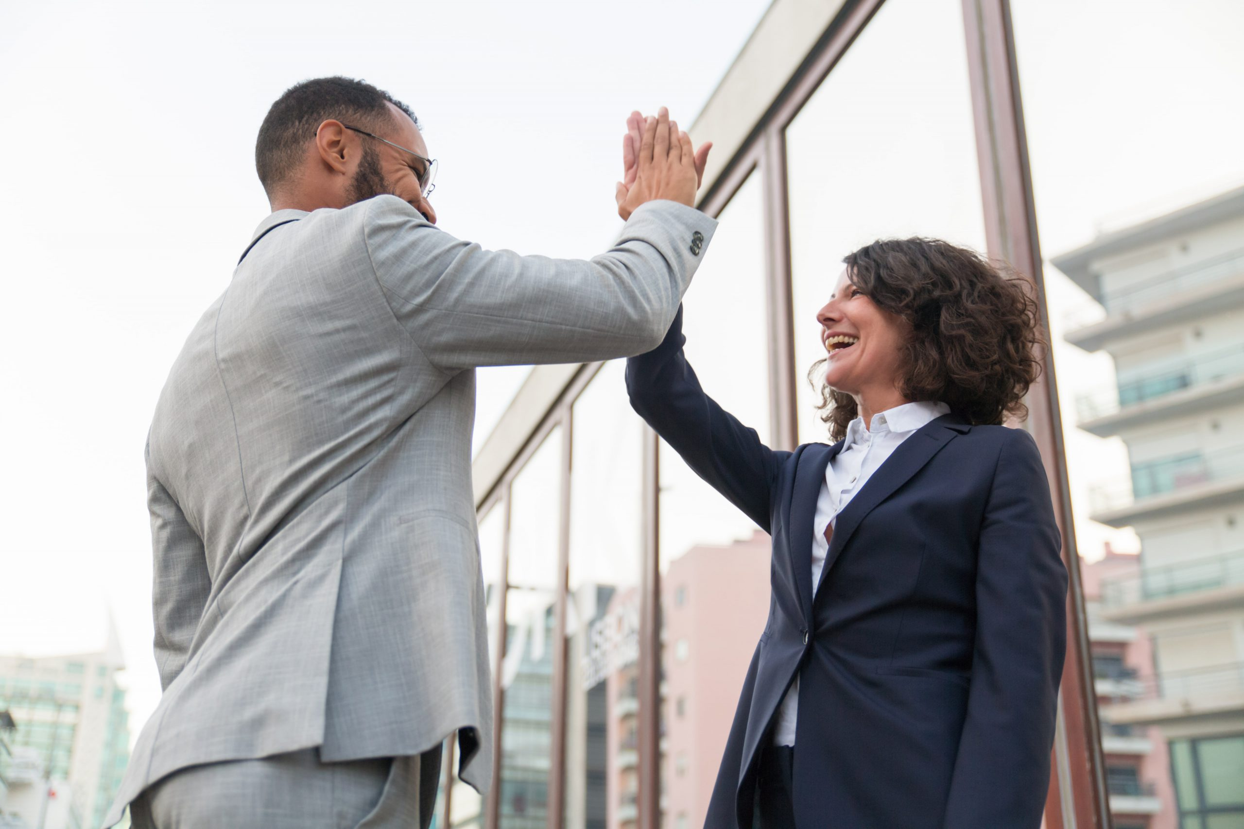 How to use one on one meeting for employee recognition-min