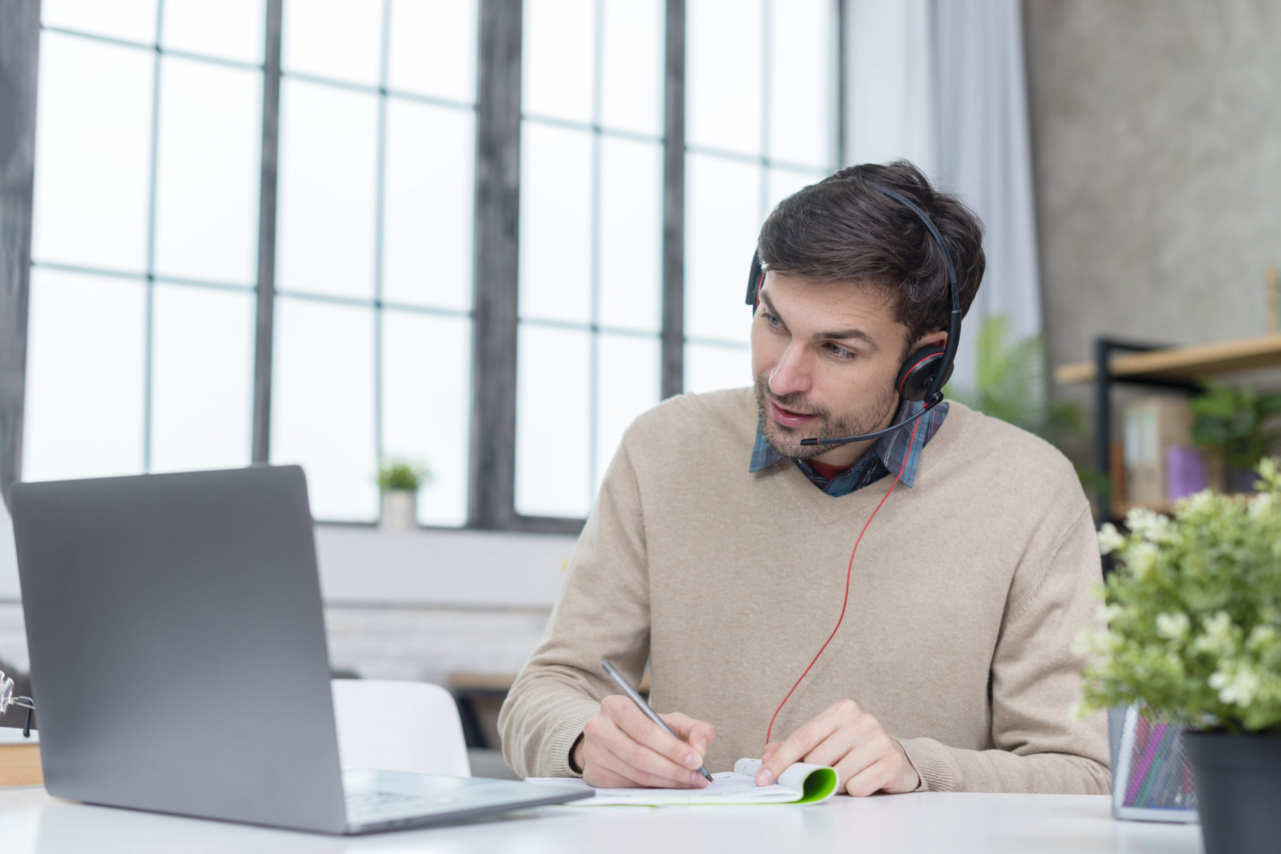 daily standup meetings for remote employee engagement