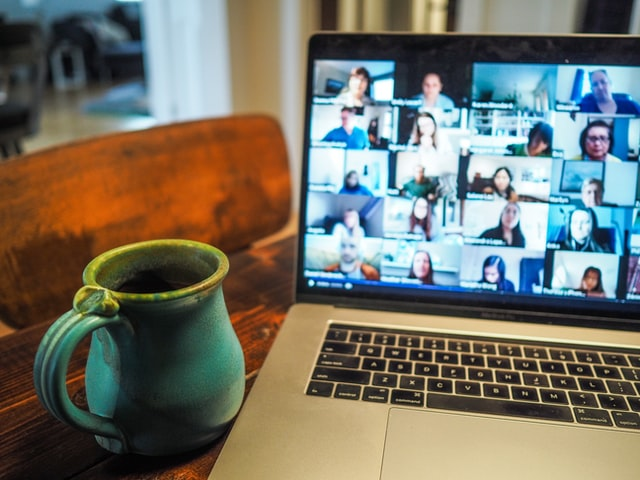managing remote employees to communicate