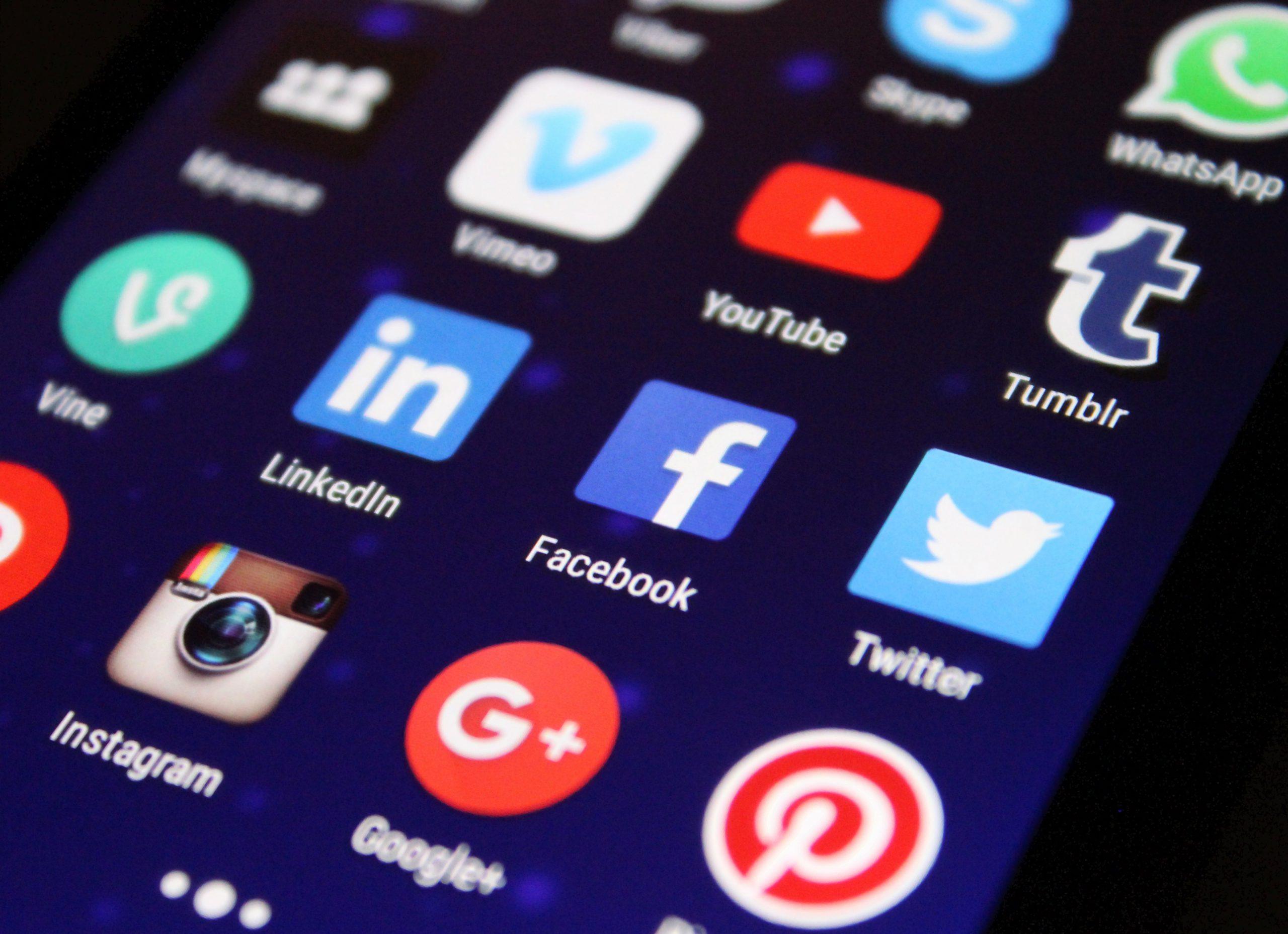 Recognition on social media platforms